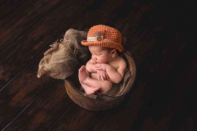 Indy Newborn and family photographer