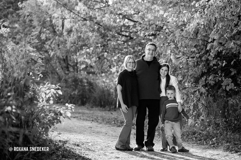 Outdoor Family Pictures Cool Creek Park